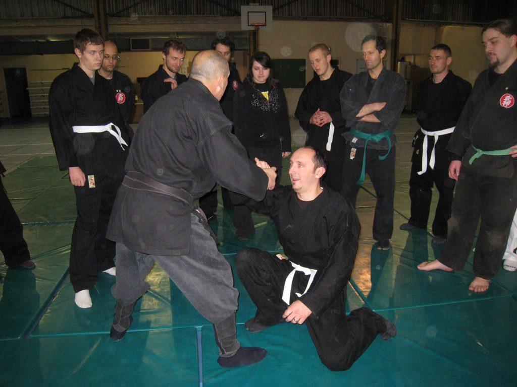 ninjutsu-dijon-bujinkan-stage-jardin-japonais-2012-19